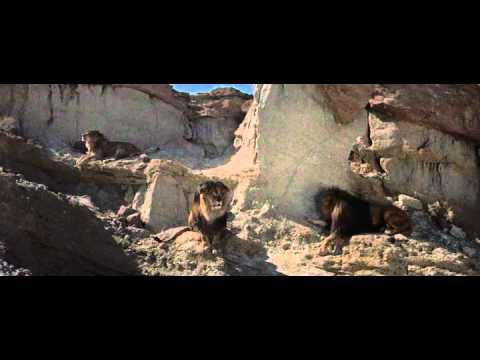 The Egyptian (1954) - A cazar leones (fragmento)