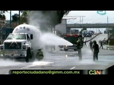 Pipa presenta fuga de gas en Año de Juárez, Iztapalapa
