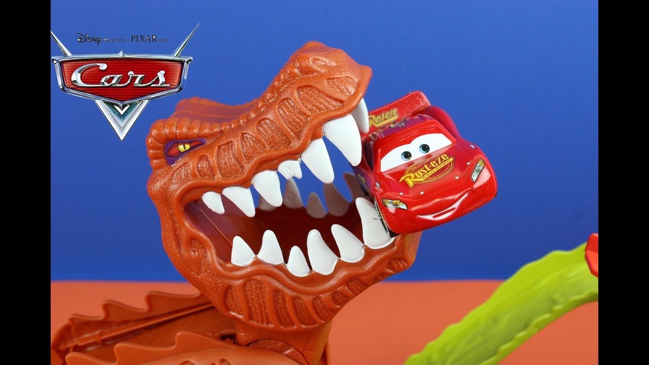 hot wheels t rex takedown playset eats disney cars. Black Bedroom Furniture Sets. Home Design Ideas