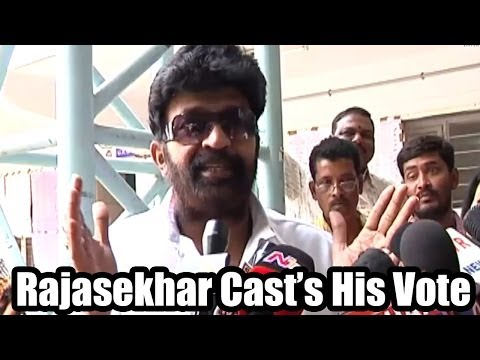 Rajasekhar and Jeevitha Cast Their Votes - 2014 Elections