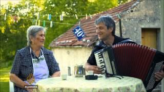 Mustafa Šantić svojoj majci pjeva sevdalinku 'Kafu mi draga ispeci'