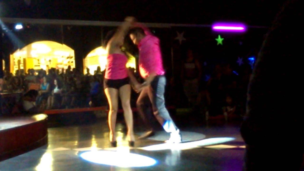 Baile sexy de mexicana - 3 1