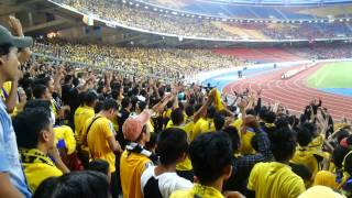 Ultras pahang di bukit jalil 2013 view on youtube.com tube online.