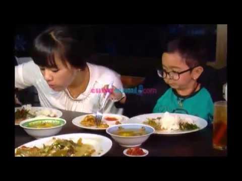 Daus Mini Rayakan Ulang Tahun Ke-27 Bersama Yunita - Seleb On Cam 10