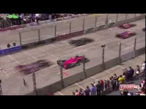Carpenter Crashes into Hinchcliffe @ 2013 Indy Car Houston Race 1