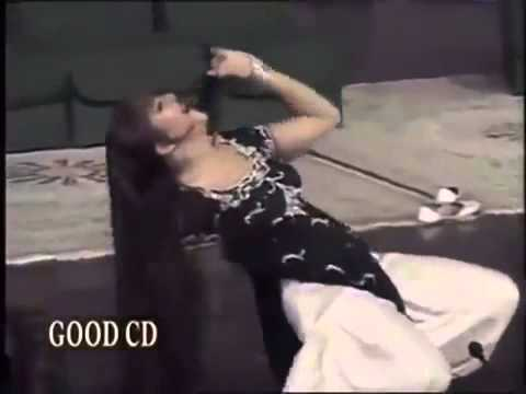 Stage Cleavage Mujra by Mujra best Cleavage Mujra of 2010 Low