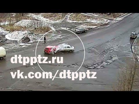 В Кондопоге в лобовую столкнулись два легковых автомобиля