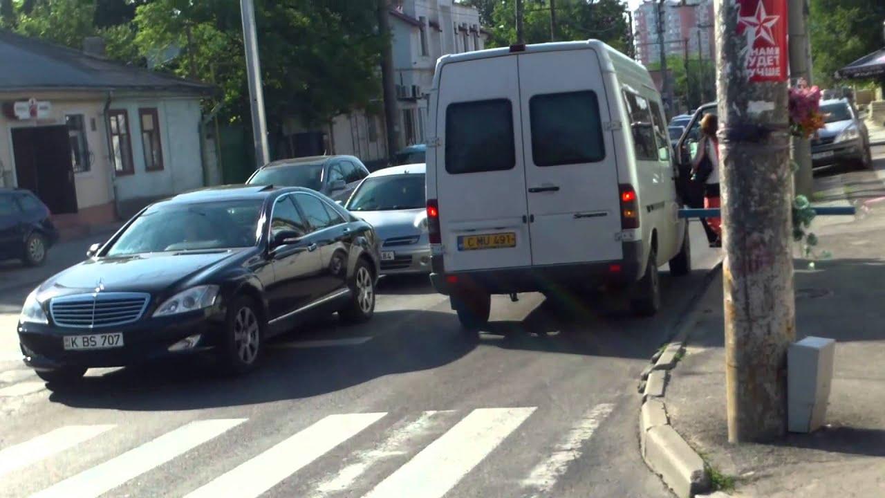 Ilegalități în traficul din Chișinău