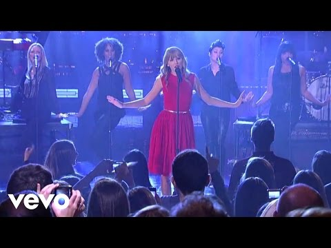 We Are Never Ever Getting Back Together (Live from New Yo..., Music video by Taylor Swift performing We Are Never Ever Getting Back Together (Live from New York City). © 2012 Big Machine Records, LLC