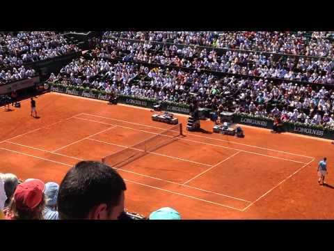 Gulbis breaks Djokovic -Roland Garros 2014- (Philipe Chatrier's view)