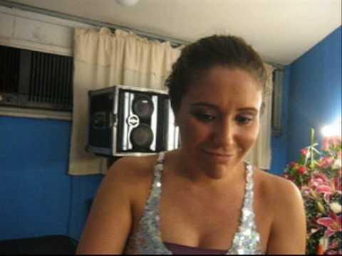 Maria Rita no camarim da Fundição Progresso (RJ)