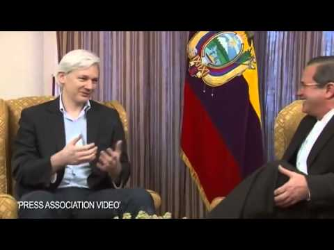 Julian Assange Speaks with Ecuador FM Inside Countrys Embassy in London Raw Video)