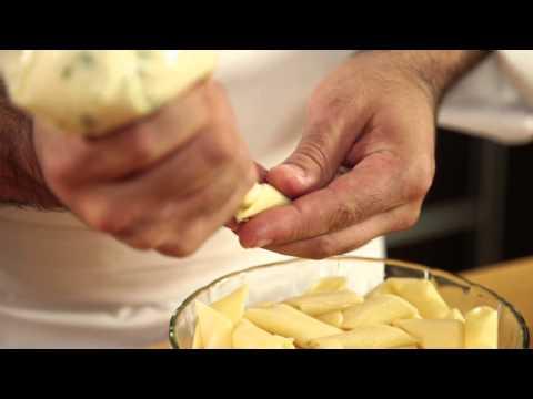 Mostachol relleno con salsa pomarola