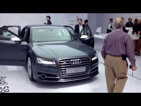 consumer Electronics show 2014 Audi Display