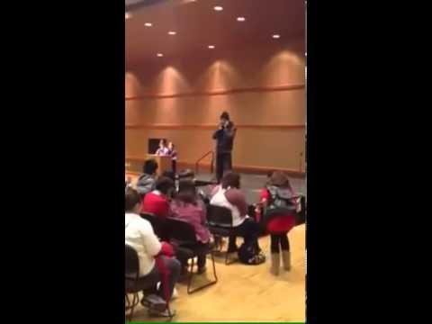 سعودي يكسر قاعده الرقص والغناء في حفل الجامعه في كندا !