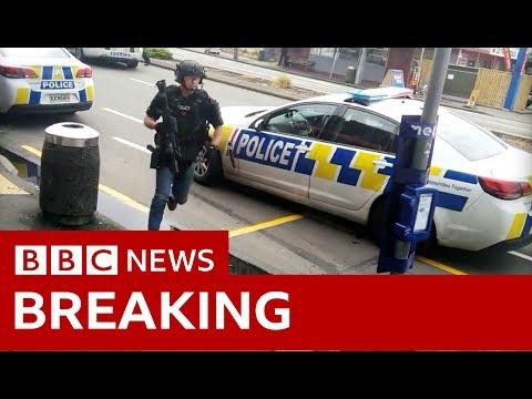 惊险画面曝光!新西兰警车冲撞嫌犯车压制逮捕