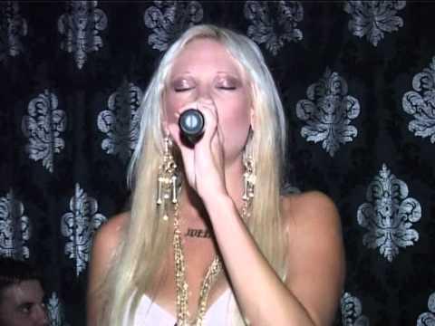 JOULIA TZOYLIA ALEKSANDRATOY LIVE SUMMER STARLIGHT SABBATO 17 9 2011 B MEROS