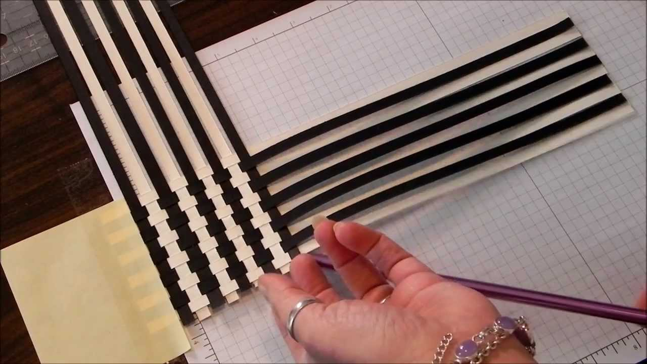 How To Weave A Basket With Paper Strips : Paper weave scrapbook technique
