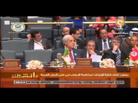 المرزوقي وأشغال الحلوى بالقمة العربية Moncef Marzouki mange des bonbons au sommet