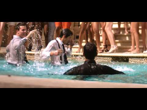 Смотреть клип Arash ft. Sean Paul - She Makes Me Go