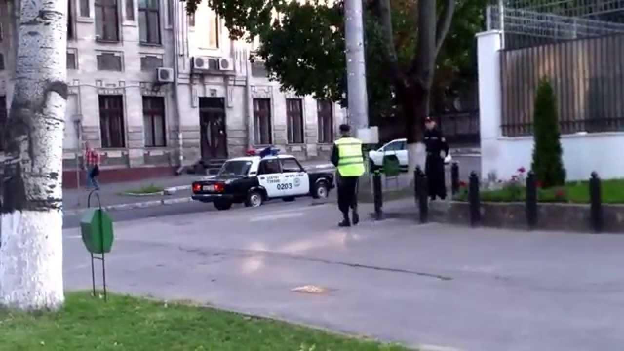 Am pichetat o oră ambasada rusă, contra războiului din Ucraina