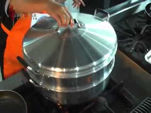 Cara Membuat Kaki Naga, Nugget Ayam, Bento Chicken Roll. Kursus Frozen Food. Info: 031-8480823.