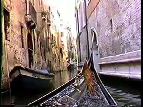 A Venice Italy -Gondola Ride And A Entertainment Demo