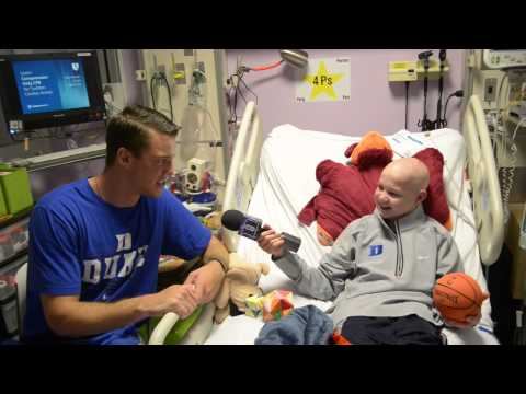 Marshall Plumlee visits Duke Children's Hospital