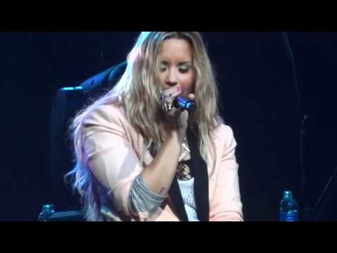 "Demi Lovato - ""How To Love"" [Lil Wayne cover] (Live in Del Mar 6-12-12)"