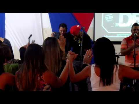 Ministério É d Deus - Ministração e louvor Revolution - Pai Nosso