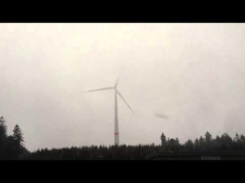 Wind Turbine Lightning Strike(Siemens)