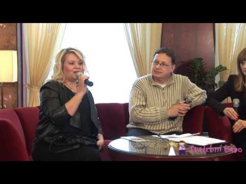 Gauč s profíkem: Svatební účesy