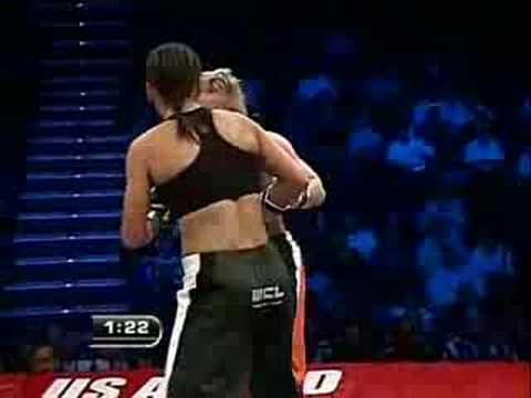 Munah Holland vs. Jennifer Santiago Fight 1