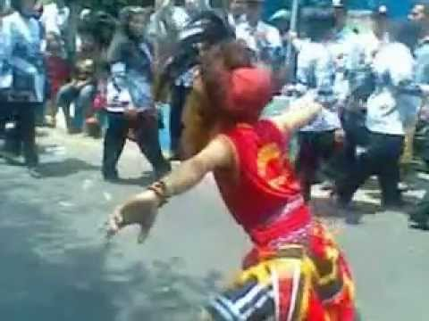 Bujang Ganong Didik feat Agung in Jl.Diponegoro Ponorogo