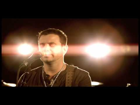 "Wade Bowen - ""Trouble"" - Official Music Video - Director: Evan Kaufmann"