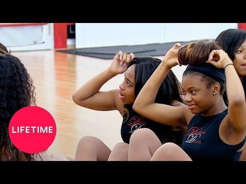 Bring It!: Mirror Mirror on the Floor (Season 4, Episode 8) | Lifetime