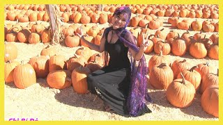 Chị Bí Đỏ & Bé Peanut Đi Thăm Trại Bí Ngô Khổng Lồ Halloween/ Thi Ai Tìm Được Trái Bí Ngô To Nhất