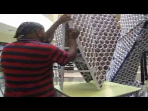 Guinness World Record's Largest Photo Sculpture at Accenture - YouTube