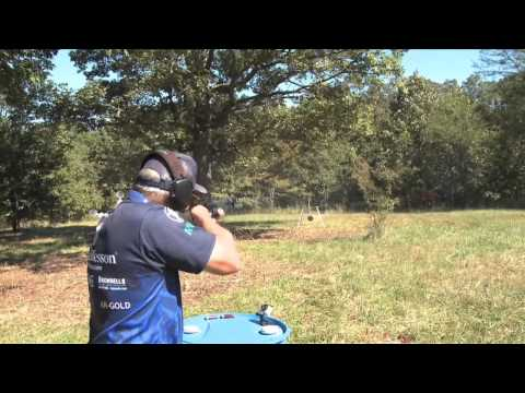 Jerry Miculek - Burns through a course of fire - 3GN