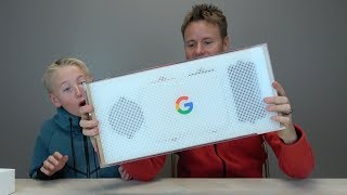 SURPRISE BOX FROM GOOGLE!!