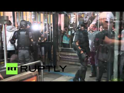 Brazil: Police fire rounds at anti-FIFA protest in Sao Paulo