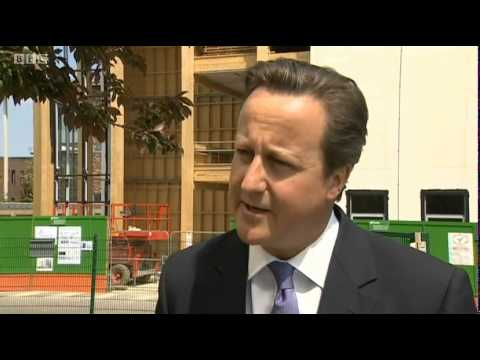 David Cameron visits Harlow College