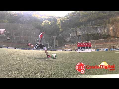 Un día con Rómulo Otero practicando tiros libres | GradaDigital.com