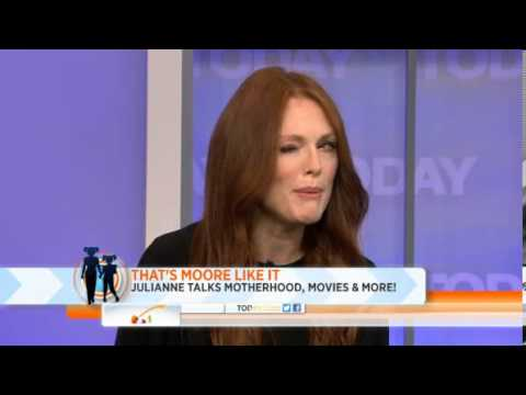 Julianne Moore: My foreign born mom celebrated culture