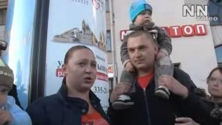 Belorusia: Nu sunt lăsați nici să bată din palme..