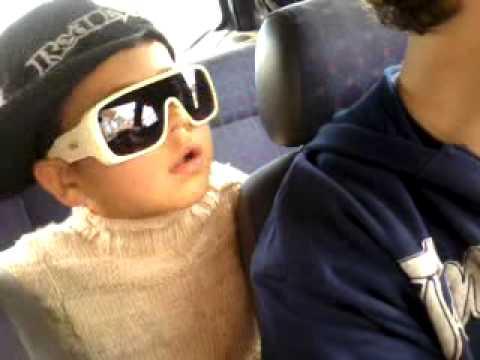 Vinicius de 4 anos Cantando o Leke Leke gaucho