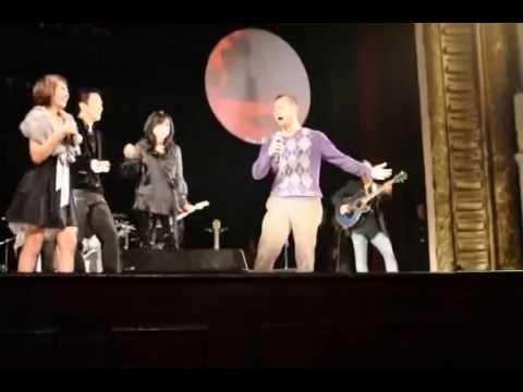 MC Long Vũ hát Chia tay hoàng hôn trong Liveshow của Thanh Lam, Tùng Dương