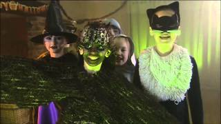 A witch came flying, Halloween song