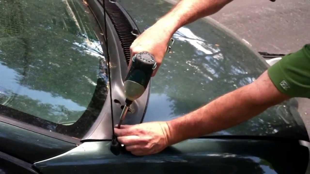 How To Clean A Clogged Windshield Drain Youtube