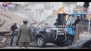 بالفيديو..من تحت الأنقاض..شوفو كيفاش جبدو طوموبيلة بقا فيها غير النص بعد انهيار سور شركة بالدارالبيضاء | بــووز